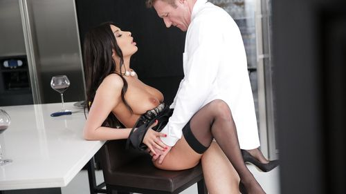 Anissa Kate, Pascal St James