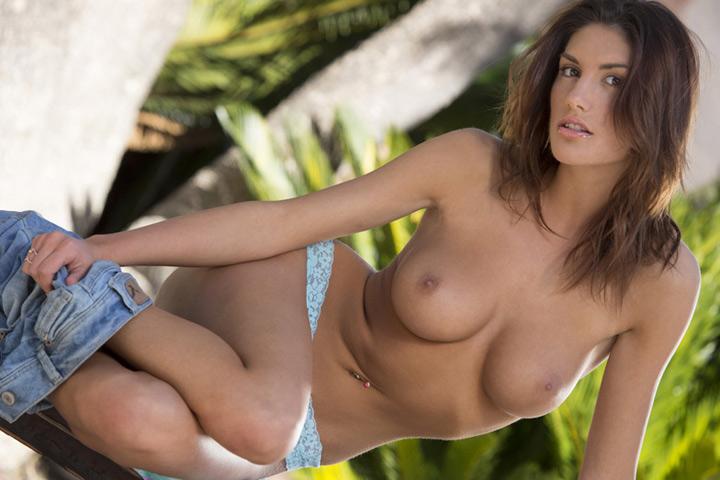 aktorka porno August Ames
