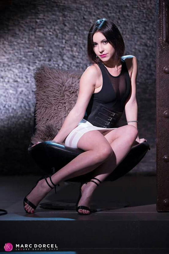 aktorka porno Ines Lenvin