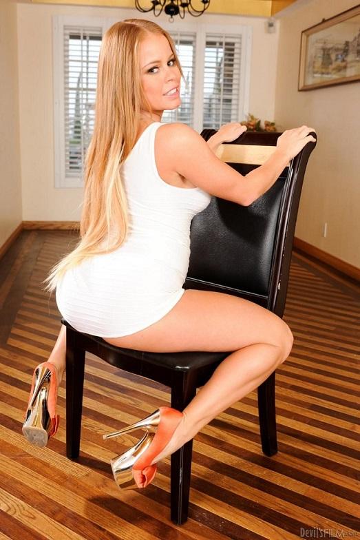 Nikki Delano gwiazda porno   Porno Online