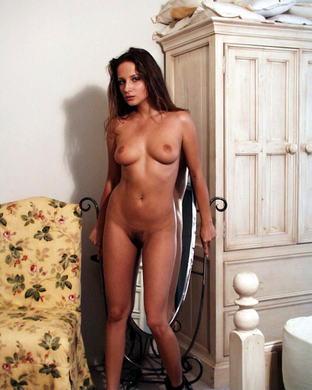 Sexy nude pics of regina hall