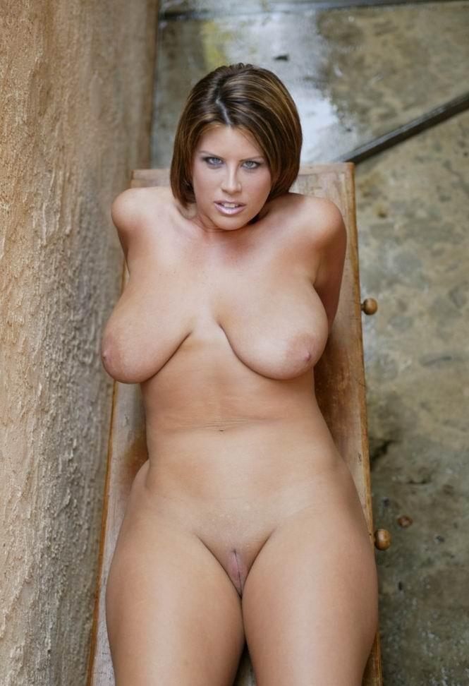sexy maid porn star babes fucking