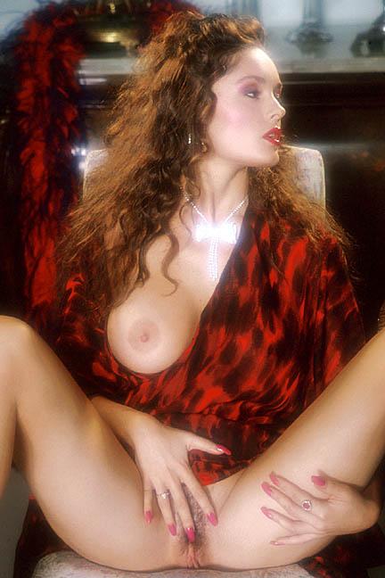 Congratulate, leslie glass nude