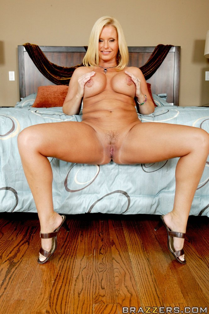 Nice Milf wendy devine was specially