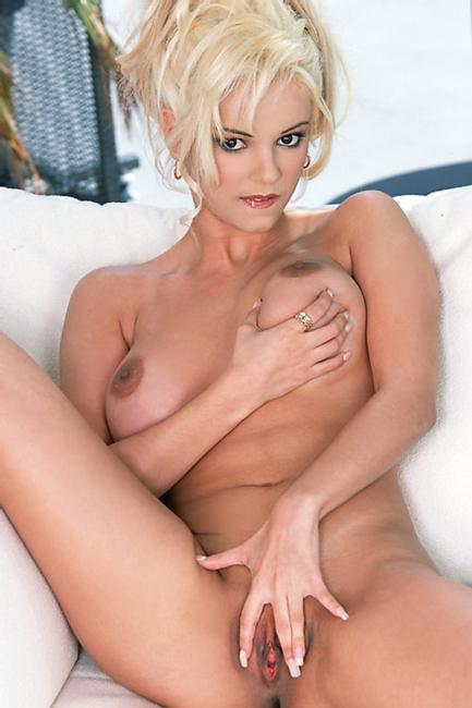Cassidy Blue Photo