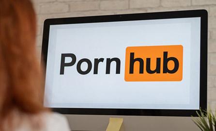 Pornhub pozwany za rzekome hostowanie filmów z nieletnimi